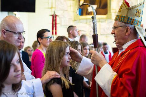bierzmowanie w parafii Ojca Pio, fot. Paweł Kaniuk